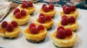 Mini Raspberry Cheeze-Cakes 2