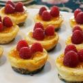Mini Raspberry Cheeze-Cakes 2